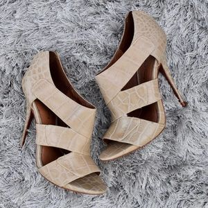 (Elizabeth & James) Crocodile Embossed Heels